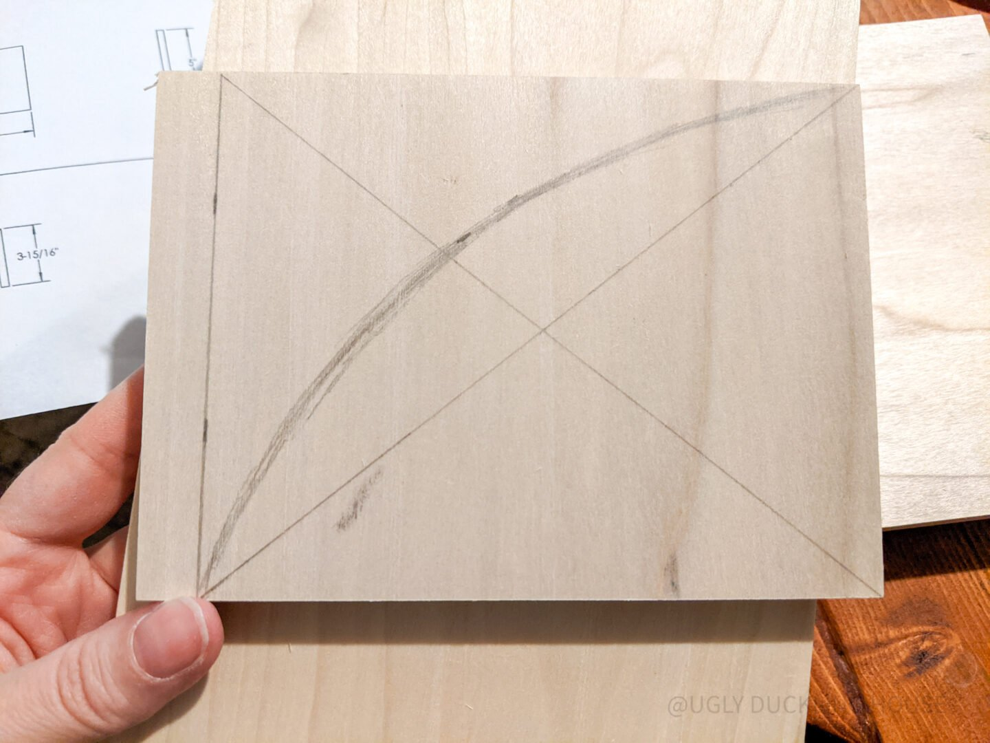 draw and cut the curve of the sides and dividers